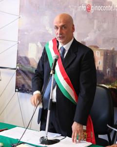 Il Sindaco di Pozzuoli Vincenzo Figliolia