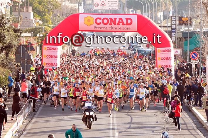 Maratona di Napoli, grande successo stamattina a Lucrino
