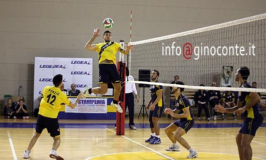Pozzuoli Volley: missione compiuta. Battuto 3-0 il Procida e centrato il 4° posto!