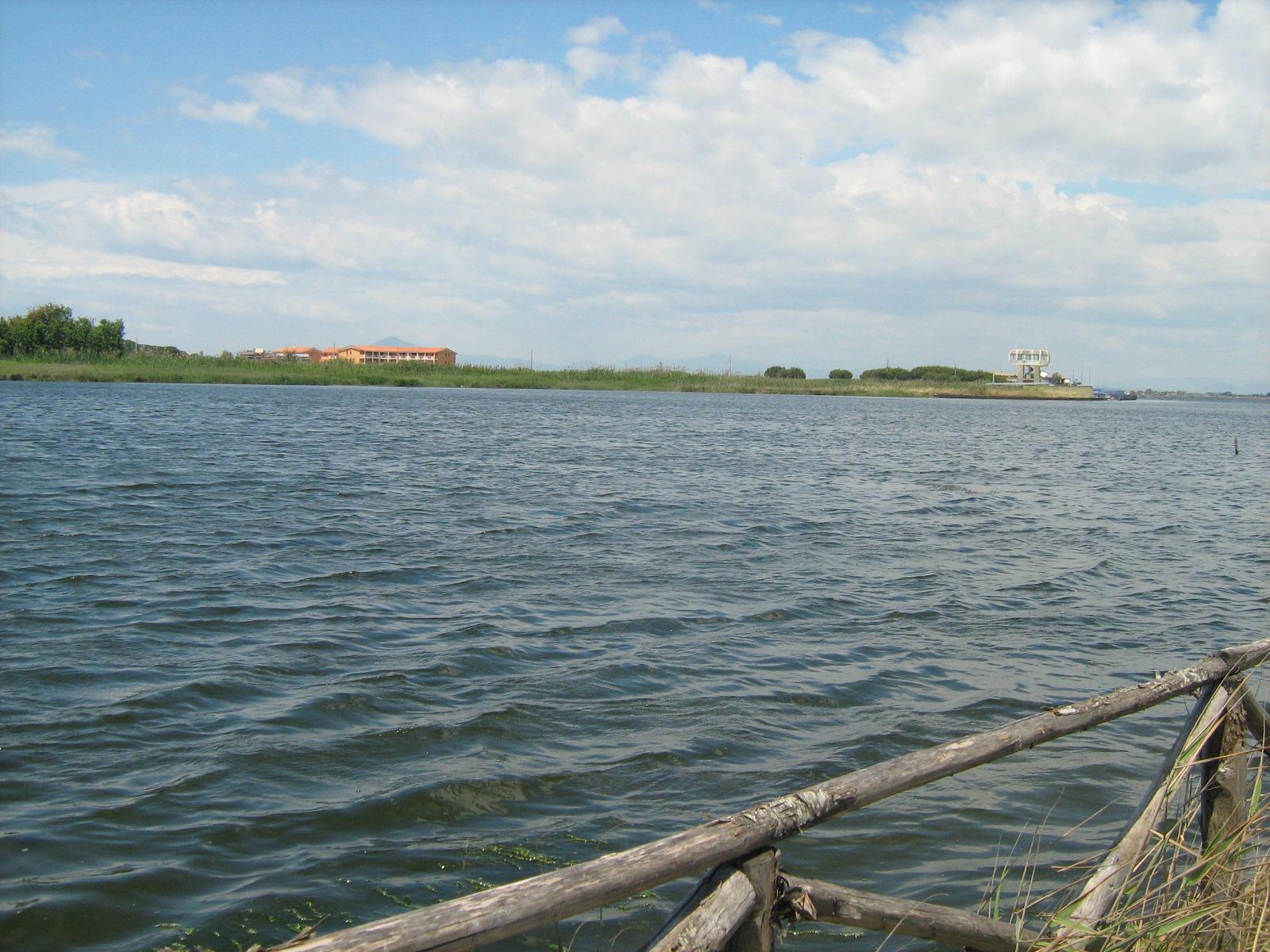 Telerilevamenti della Guardia Costiera: 28 anomalie in corpi idrici e suolo tra il litorale domitio-flegreo e l'area a nord del lago Patria