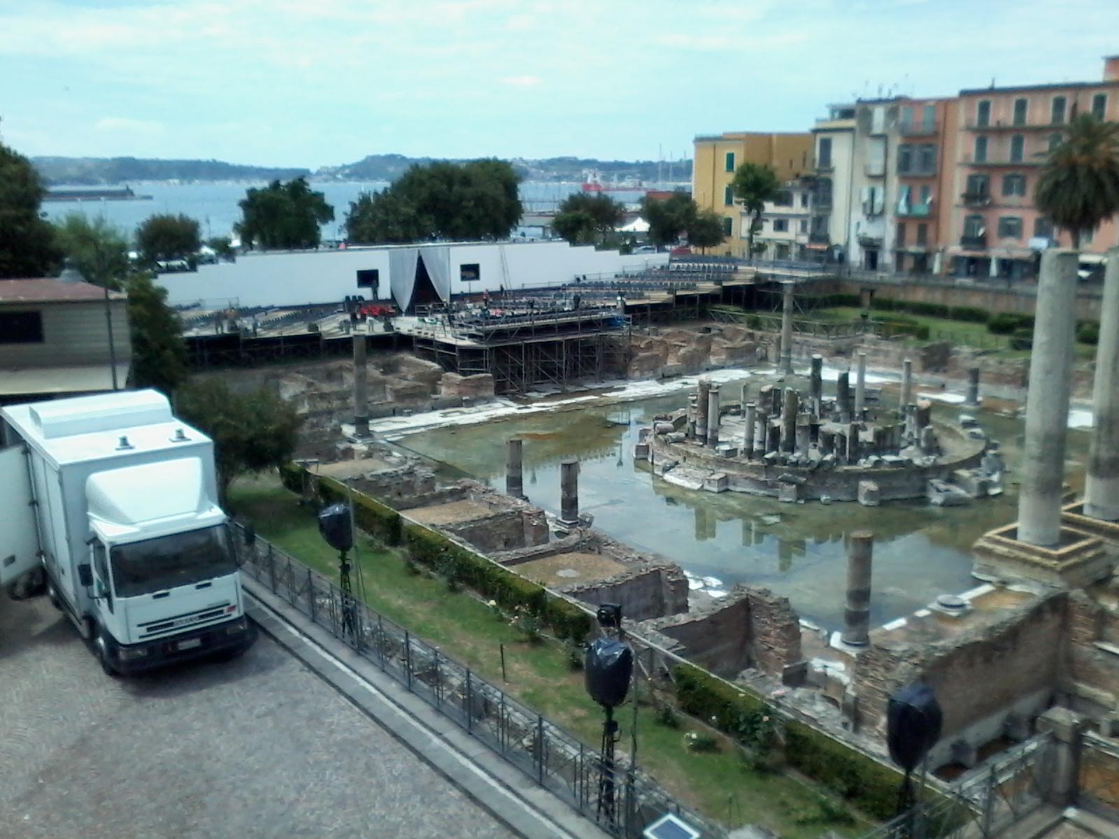Pozzuoli, oltre Civitas... la vita quotidiana