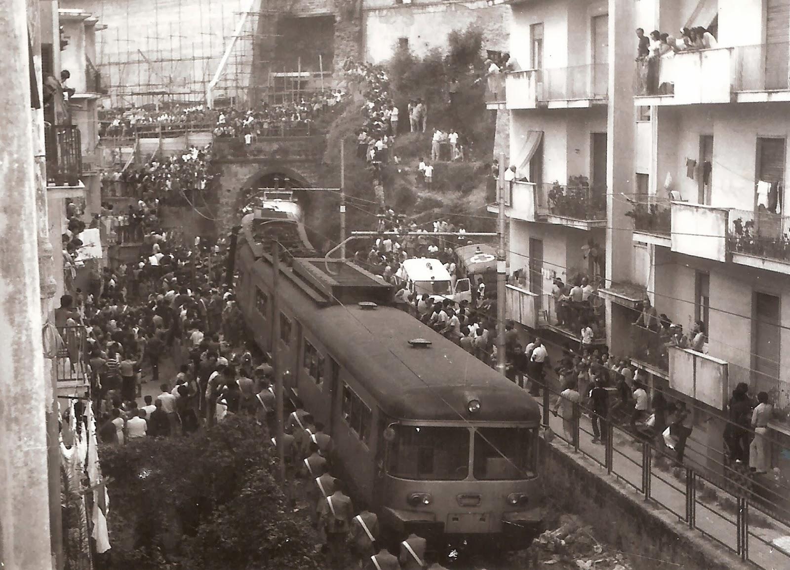 Cumana, quarantadue anni fa, 7 morti e decine di feriti