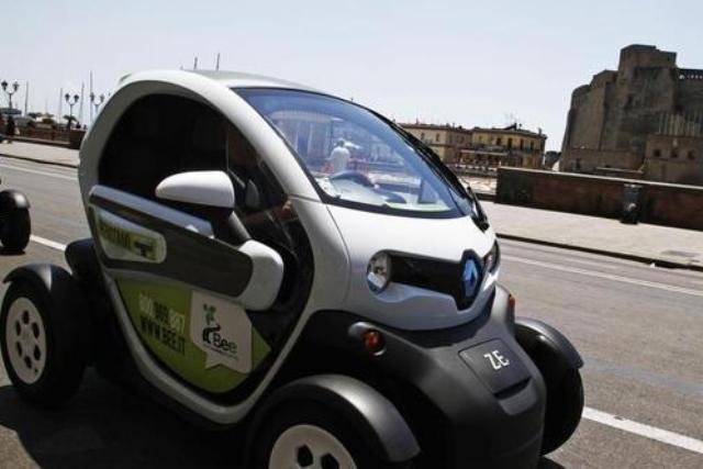 Napoli dice stop al car sharing, termina l'esperienza napoletana di Bee.