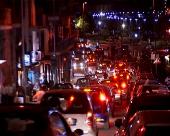 """Pozzuoli, aggressione ai vigili urbani parla Figliolia: """"Stiamo pensando di rendere a numero chiuso l'ingresso nel centro storico nei week end"""""""
