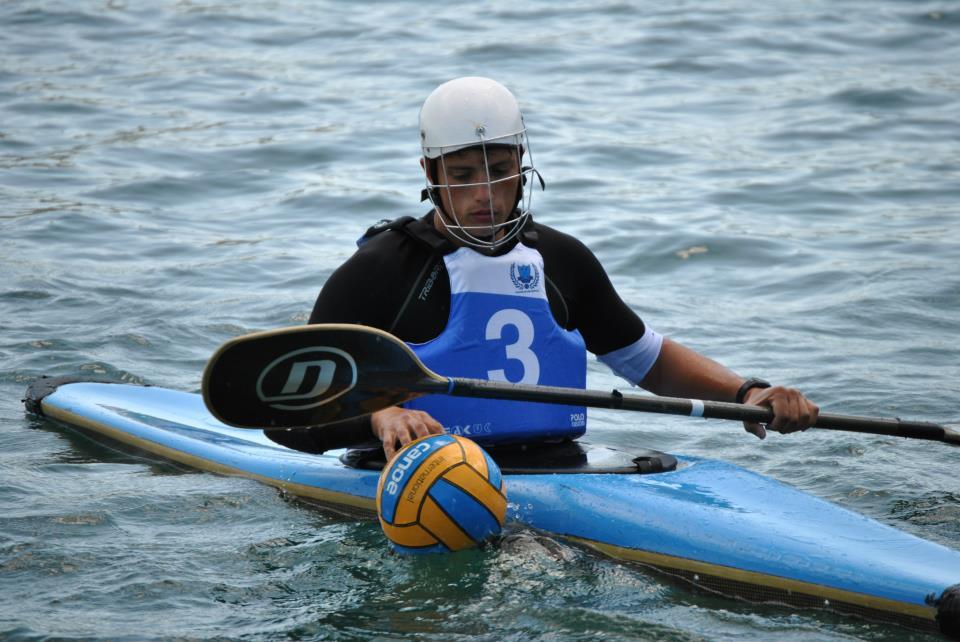 """Stage della Nazionale italiana di canoa polo nel lago Lucrino. Tra i convocati il bacolese Lucci: """"Si è realizzato un sogno""""!"""