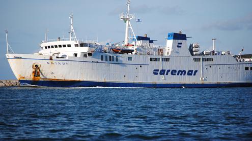Ischia e Procida più isolate: la Caremar annulla 10 corse