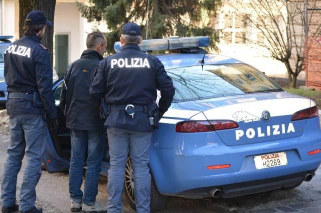 Denunciata una 74enne: si finge correntista di una banca di Pozzuoli per incassare un assegno di 2mila euro