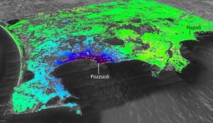 La caldera dei Campi Flegrei vista dal satellite