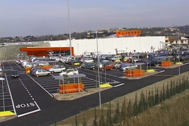 Ipercoop, in agitazione i lavoratori per la chiusura tecnica del centro commerciale