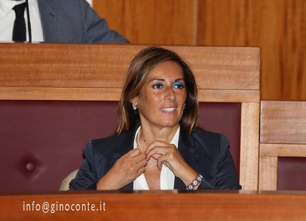 Fiorella Zabatta vice sindaco e assessore all'Ambiente, Risorse Umane e Servizi alla Persona