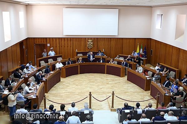 POZZUOLI/ Giovedì c'è il consiglio comunale: si discute dei Navigator