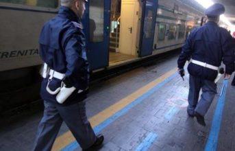 Napoli, arrestato il professionista del furto dei bagagli alla stazione Centrale