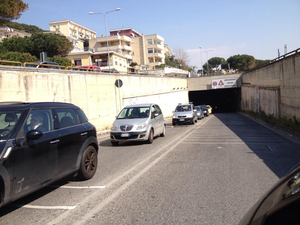 Tunnel di Lucrino chiuso venerdì dalle 8 alle 17 per manutenzione