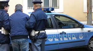 Pianura, evade dai domiciliari: arrestato nei giardinetti pubblici