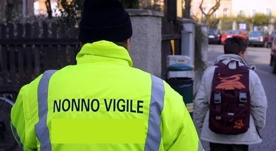 """Monte di Procida, il comune premia il miglior """"nonno sociale""""!"""