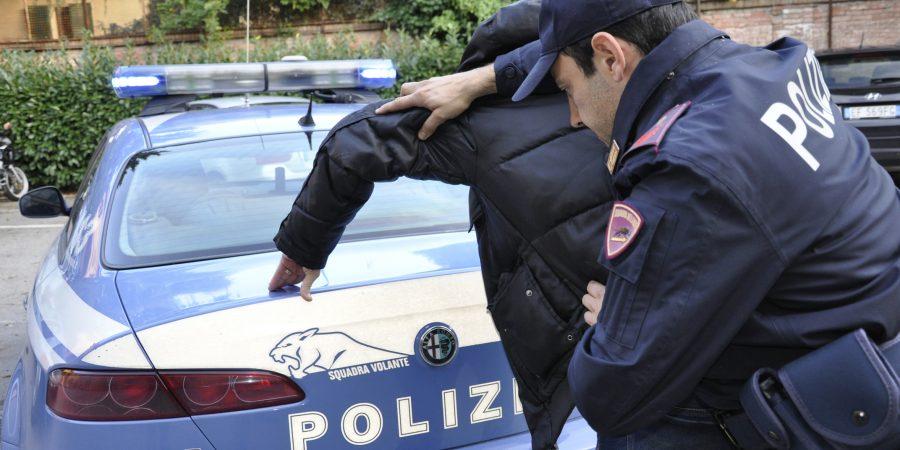 Pozzuoli, denunciato 50enne dopo una rapina alla farmacia in via Sacchini