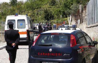 Monte di Procida, arrestati 4 topi d'appartamento: uno trasportato all'ospedale