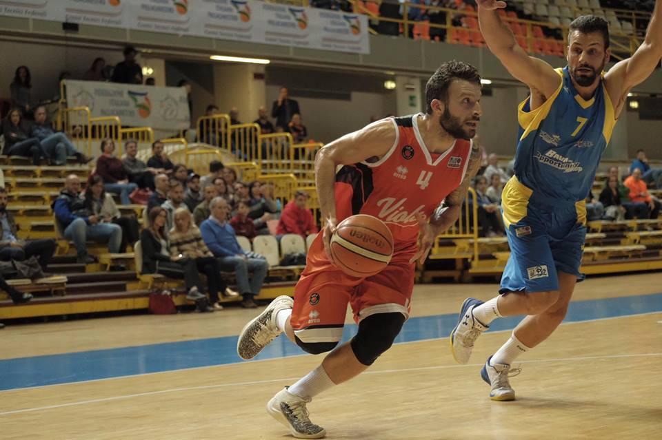 Basket, la Bava Virtus Pozzuoli insegue la vittoria a Reggio Calabria ma cede nell'ultimo quarto