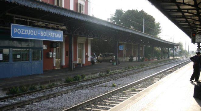 POZZUOLI/ Metro, treno fermo per un guasto: disagi e ritardi fino a 70 minuti
