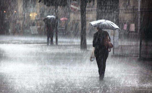 ALLERTA METEO/ Campi Flegrei, piogge torrenziali e vento forte da mezzanotte