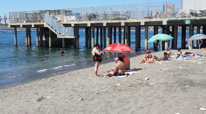 """POZZUOLI/ """"Spiaggia Prysmian potenzialmente contaminata, si faccia chiarezza"""""""