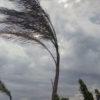 Campi Flegrei, forti raffiche di vento e pioggia per tutta la giornata di domani: scuole chiuse?