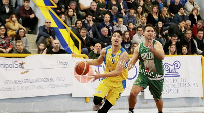 BASKET/ Virtus, sconfitta Palermo 74-69: gialloblù agli spareggi nazionali