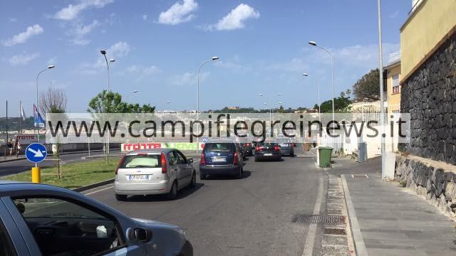 POZZUOLI/ Code di auto, Lucrino e Arco Felice nella morsa del traffico
