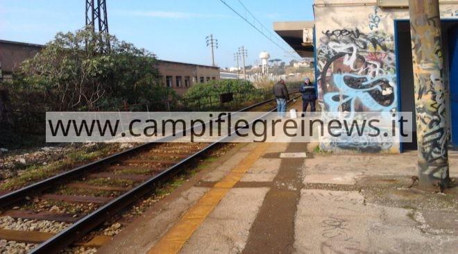 ULTIMORA/ Frana costone, interrotta la circolazione dei treni tra Cantieri e Pozzuoli