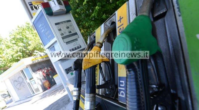 VARCATURO/ Furto alla stazione di servizio: ladri portano via il compressore