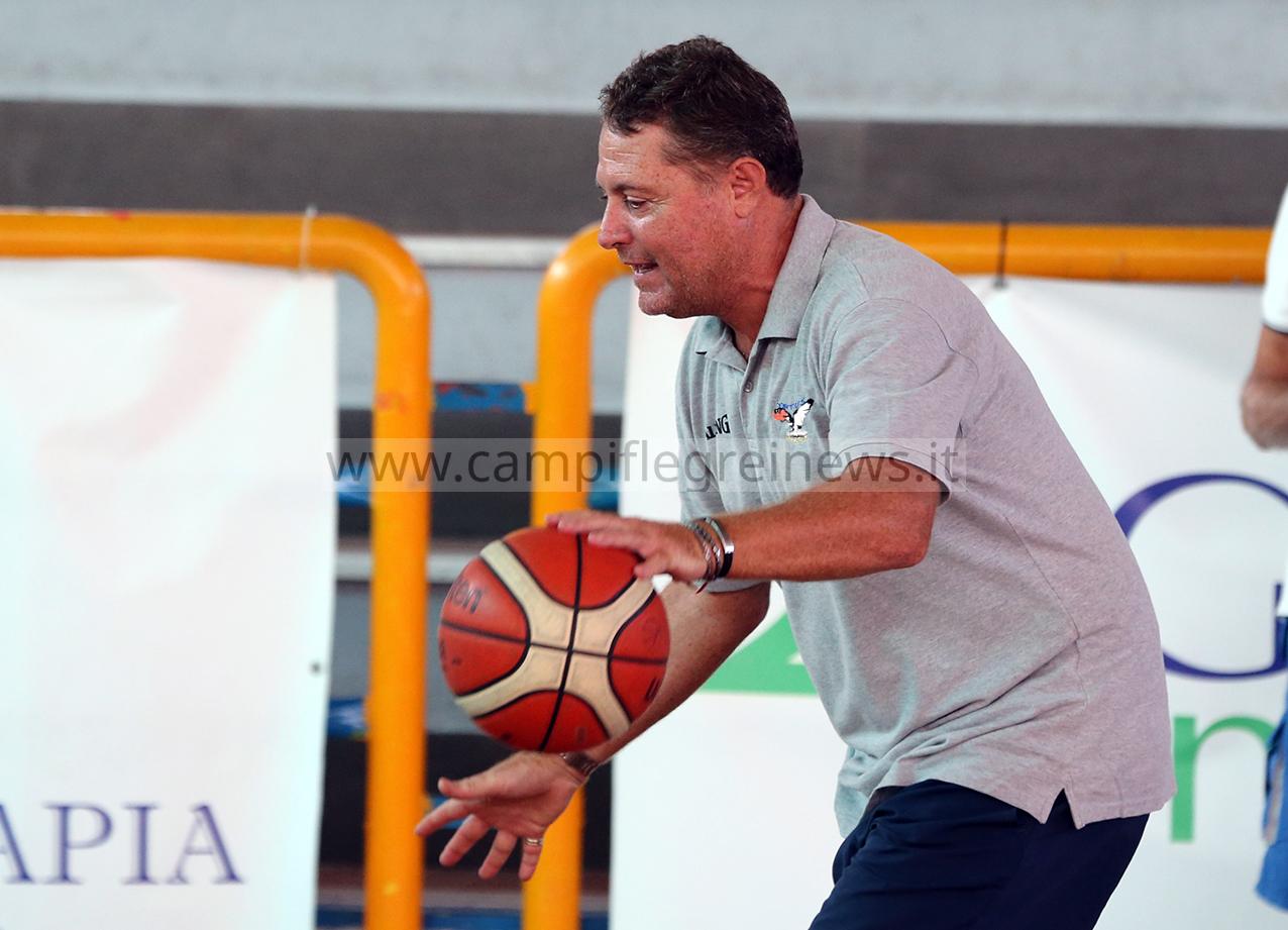 Basket, Virtus Pozzuoli: gli obbiettivi di coach Mariano Gentile