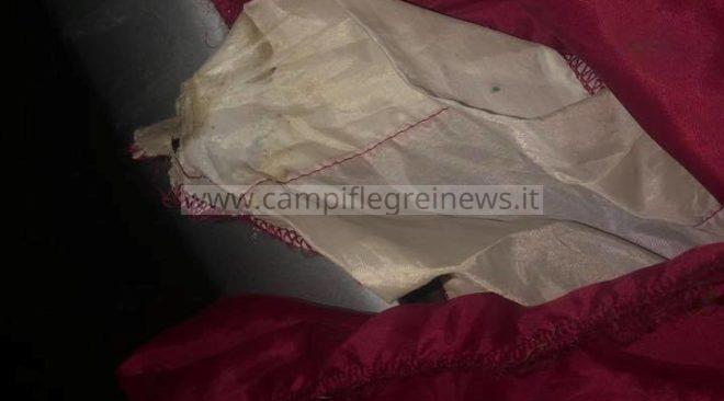 IL CASO/ La bandiera della Virtus Baia rotta e gettata nel cassonetto dei rifiuti