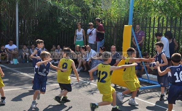 CUMA/ Manifestazione di minibasket per bambini questo sabato alla pista di pattinaggio