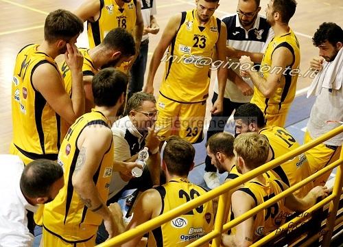 Basket, in B scontro al vertice fra Virtus Pozzuoli e Palestrina al PalaIaia