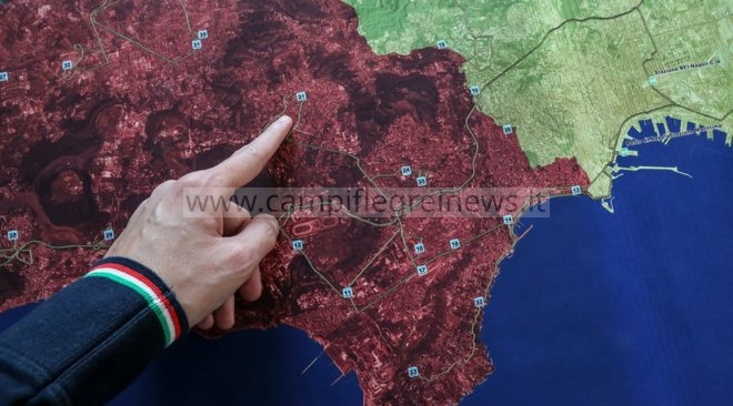 Campi Flegrei, 4mila persone evacuate nell'esercitazione della Protezione Civile - LE FOTO