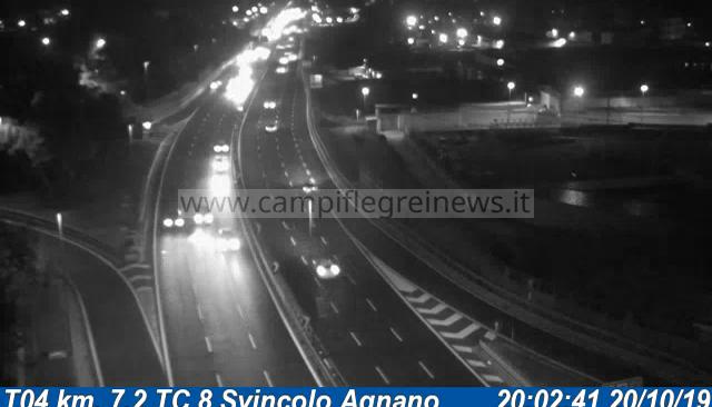 Due spaventosi incidenti sulla Tangenziale tra Agnano e Fuorigrotta: 2 persone in ospedale