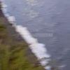 BACOLI/ Schiuma bianca sospetta e odore di fogna nel lago Miseno: sul posto l'Arpac