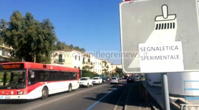 """LUCRINO/ Residenti incazzati per le nuove strisce blu: """"Zona invivibile, invieremo dossier in Procura"""" - LE FOTO"""