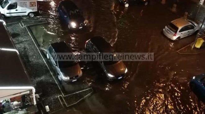 QUARTO/ Il bivio diventa un fiume in piena, negozi completamente allagati|FOTO