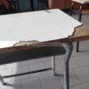 FUSARO/ Sedie e banchi rotti e pericolosi alla Plinio il Vecchio, l'allarme dei genitori - LE FOTO