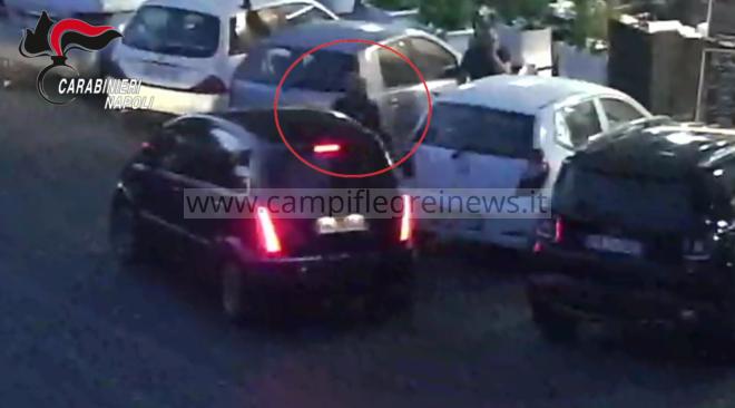 POZZUOLI/ Parcheggiatore abusivo minaccia una donna nel centro storico: denunciato - LE FOTO