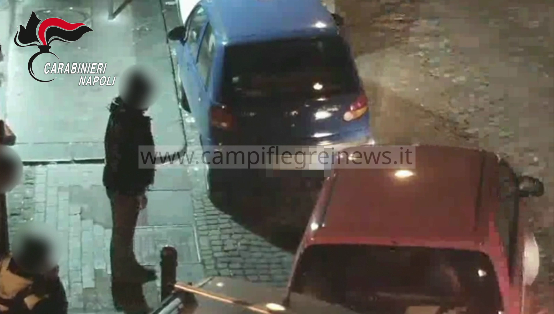POZZUOLI/ Blitz contro i parcheggiatori abusivi della movida, 10 ordini di allontanamento