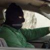 VARCATURO/ Panico, in via Carrafiello, per la presenza di un uomo con passamontagna in un auto