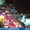 ULTIMORA/ Spaventoso incidente sulla Tangenziale nei pressi di Capodimonte, uomo in ospedale e auto sfasciata