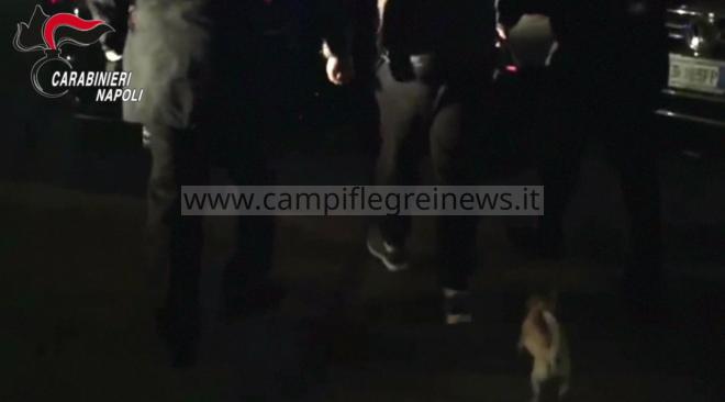 Pizzo al mercato ortofrutticolo: arrestati nel sonno due affiliati del clan Longobardi-Beneduce - LE FOTO