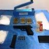 PIANURA/ Blitz tra le case popolari: trovati una pistola beretta e 3 panetti di hashish