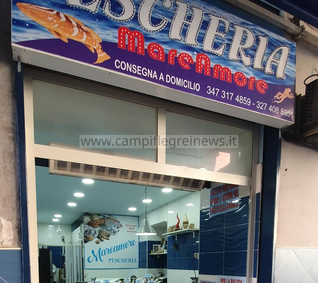 """Pescheria """"Mare Amore"""", a Napoli è sinonimo di qualità e freschezza, al Corso Vittorio Emanuele - LE FOTO"""