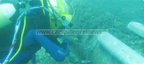 Monte di Procida, perdita d'acqua alla condotta sottomarina con Procida: verifiche in corso dei sommozzatori